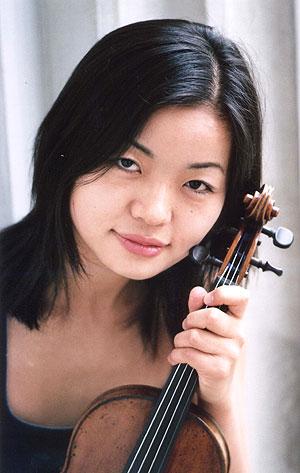 バイオリニスト坪井悠佳さん