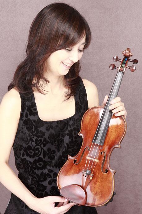 大島莉紗 様(おおしまりさ) /パリ・オペラ座管弦楽団ヴァイオリン奏者