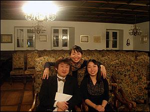 ピアノトリオのメンバーと
